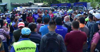 ASTRAM y STAMSS levantaron protesta desde el mediodía del miércoles y dan ultimátum al alcalde de San Salvador para que pague sus retenciones laborales