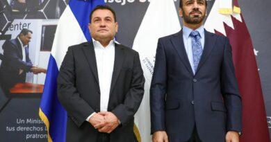 Salvadoreños que viajen a Qatar a trabajar recibirán salarios líquidos además de otras prestaciones