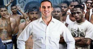 Por la FGR capitalinos tendrán entre sus opciones de votación a un procesado por negociar con pandillas, Neto Muyshondt, fue acorazado por fiscal pese a que Código Electoral lo inhabilitaba
