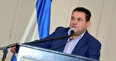 Ministro Rolando Castro se comprometió a dignificar la clase trabajadora de la mano con la nueva legislatura
