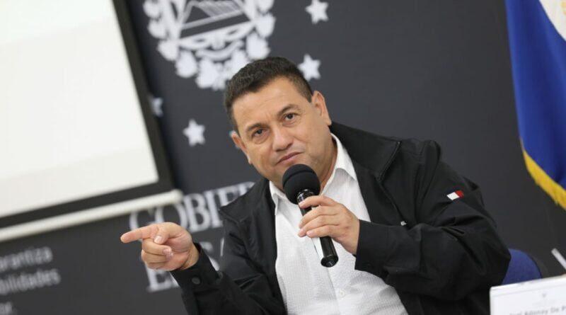 Casa Presidencial enquistó la corrupción del pasado con la complacencia de la Embajada que más opina y este Gobierno debe ser contundente en aplicar justicia: Rolando Castro